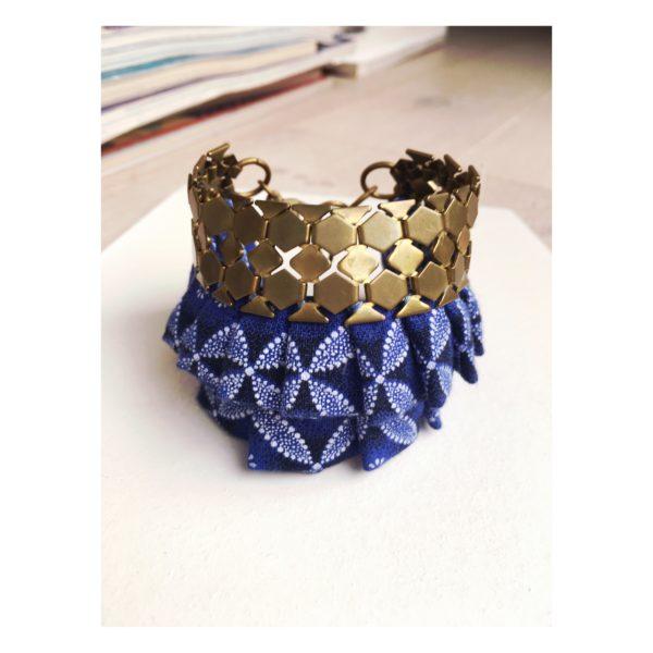 manchette bleue collection fleur Imbali bluu bijoux design afrique du Sud Paris France Création AsbyAS