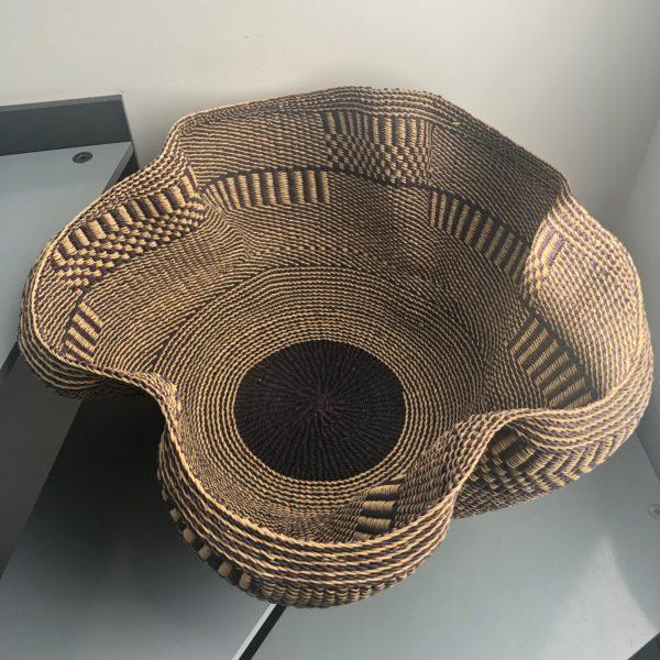 ART DESIGN GHANA par ASBYAS corbeille vagues fleurs Indigo vue de dessus