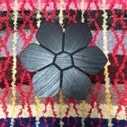 photo3 Table florale noire vue de dessus gros plan CAPE TOWN John Vogel ASBYAS DESIGN afrique du sud PARIS