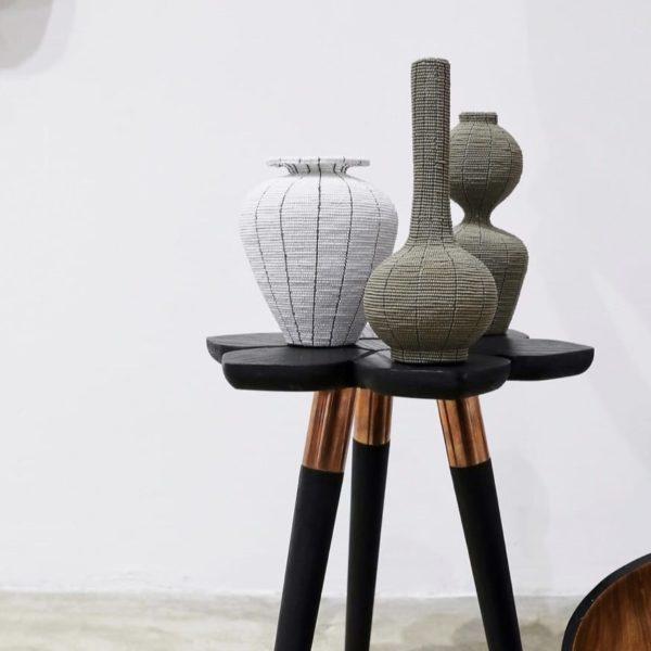 photo 3 Table florale noire détail pied CAPE TOWN John Vogel ASBYAS DESIGN afrique du sud PARIS